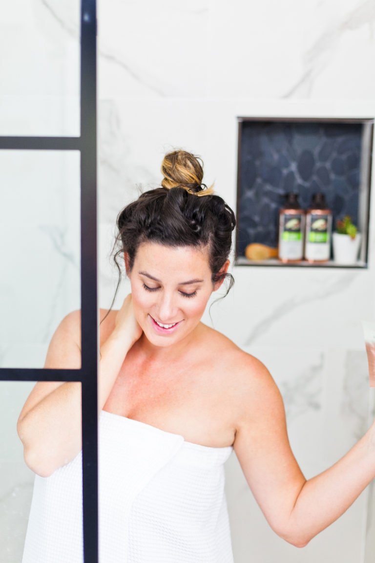 3 Ways to Embrace Stunning Pregnancy Hair
